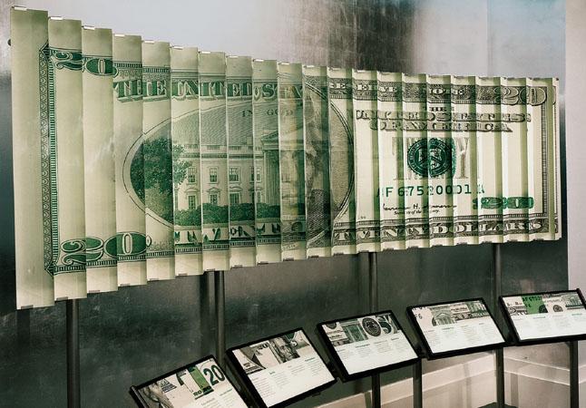 http://fuetterer.de/files/gimgs/66_money20dollar.jpg